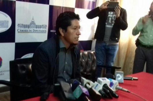 Alcalde boliviano acusa a medios de denigrarlo