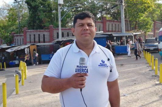 Policía impide cobertura y agrede a periodista
