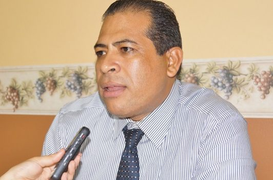 Juez ordena cárcel para periodista Cesar Omar Silva