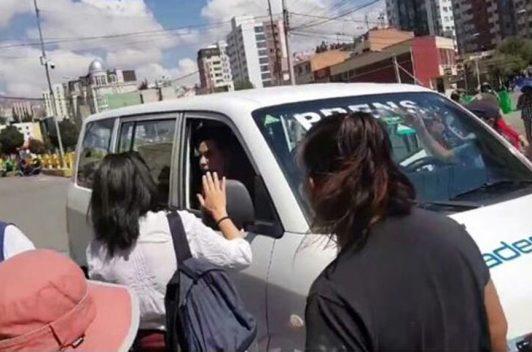 Agresiones y amenazas a periodistas en Bolivia